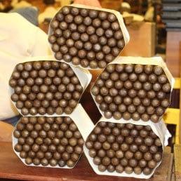 cigars1 uai